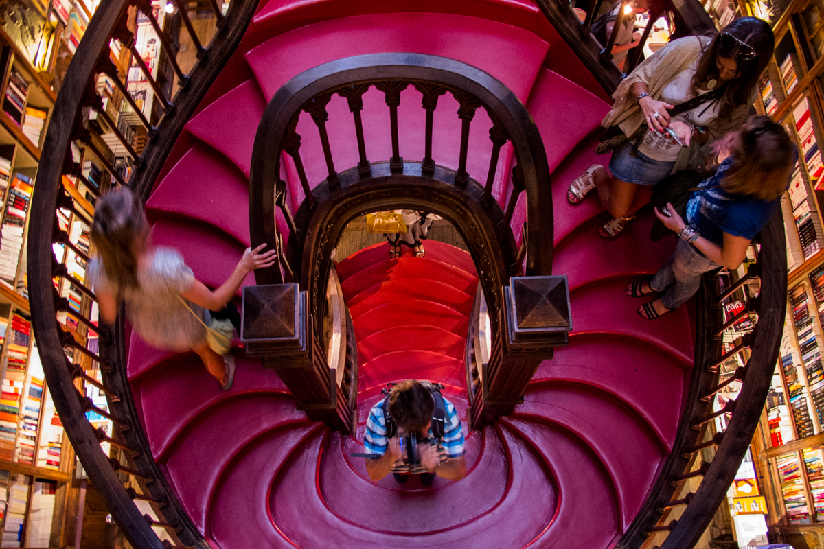 Lello's Bookshop Staiway which might be the inspiration to Hogwarts Grand Stair